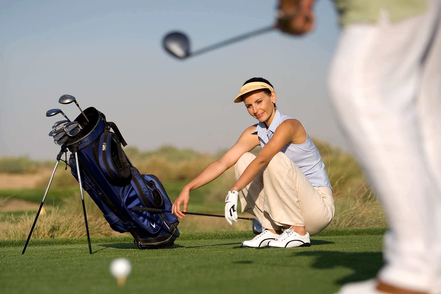 woman-on-the-golf-course