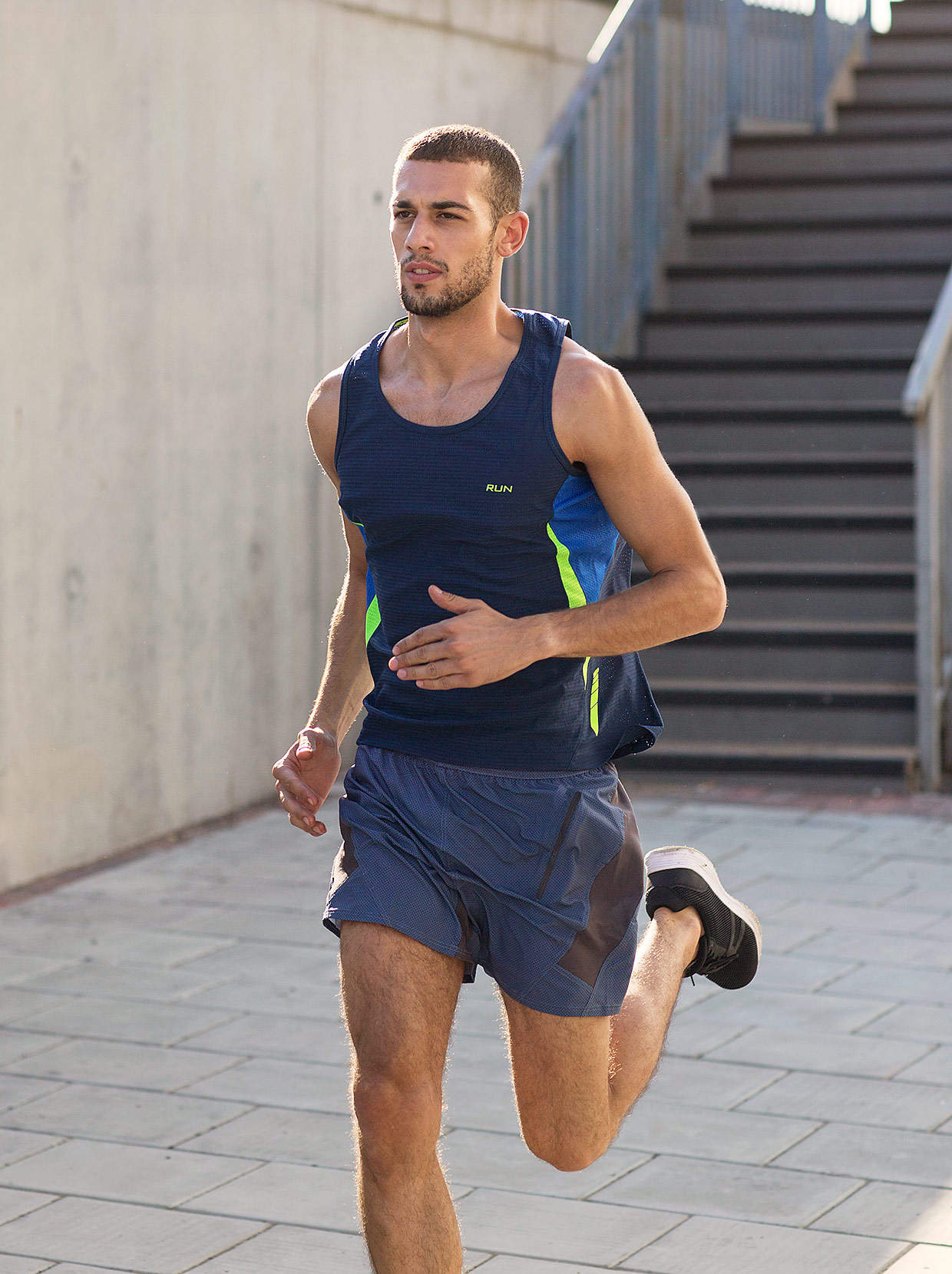 heffernan_male-athletes_2953_crop_flare