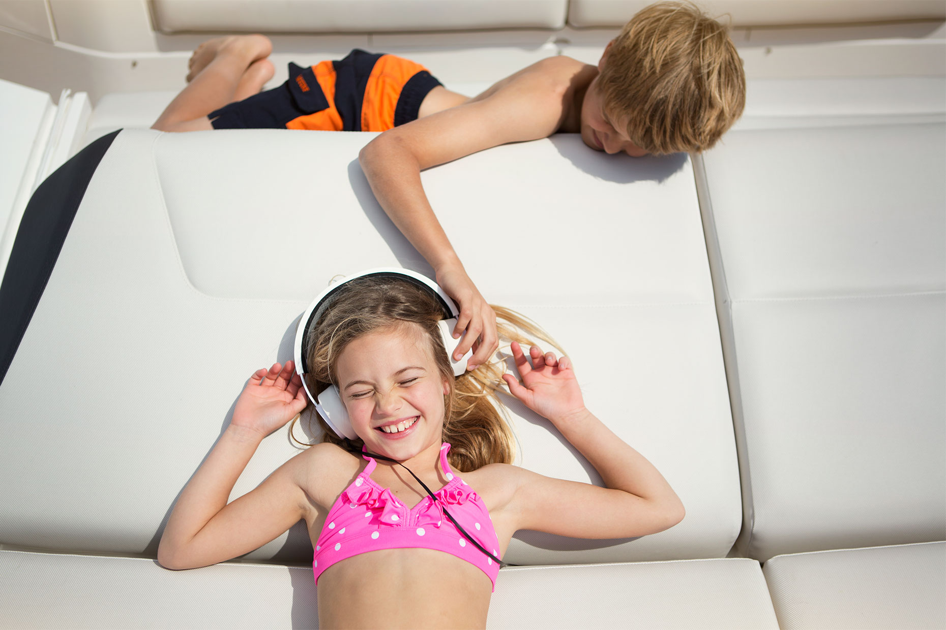 princessyachts-kids-on deck