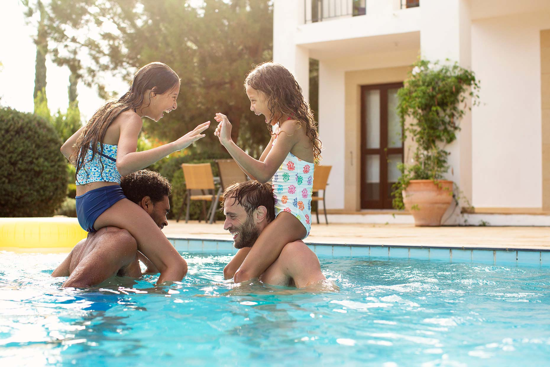 sisters-with-dads-in-pool